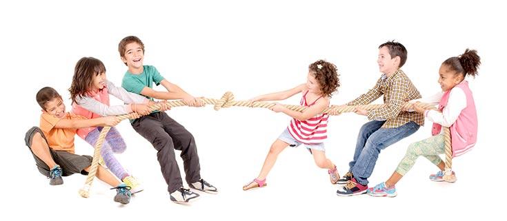 children playing tag war